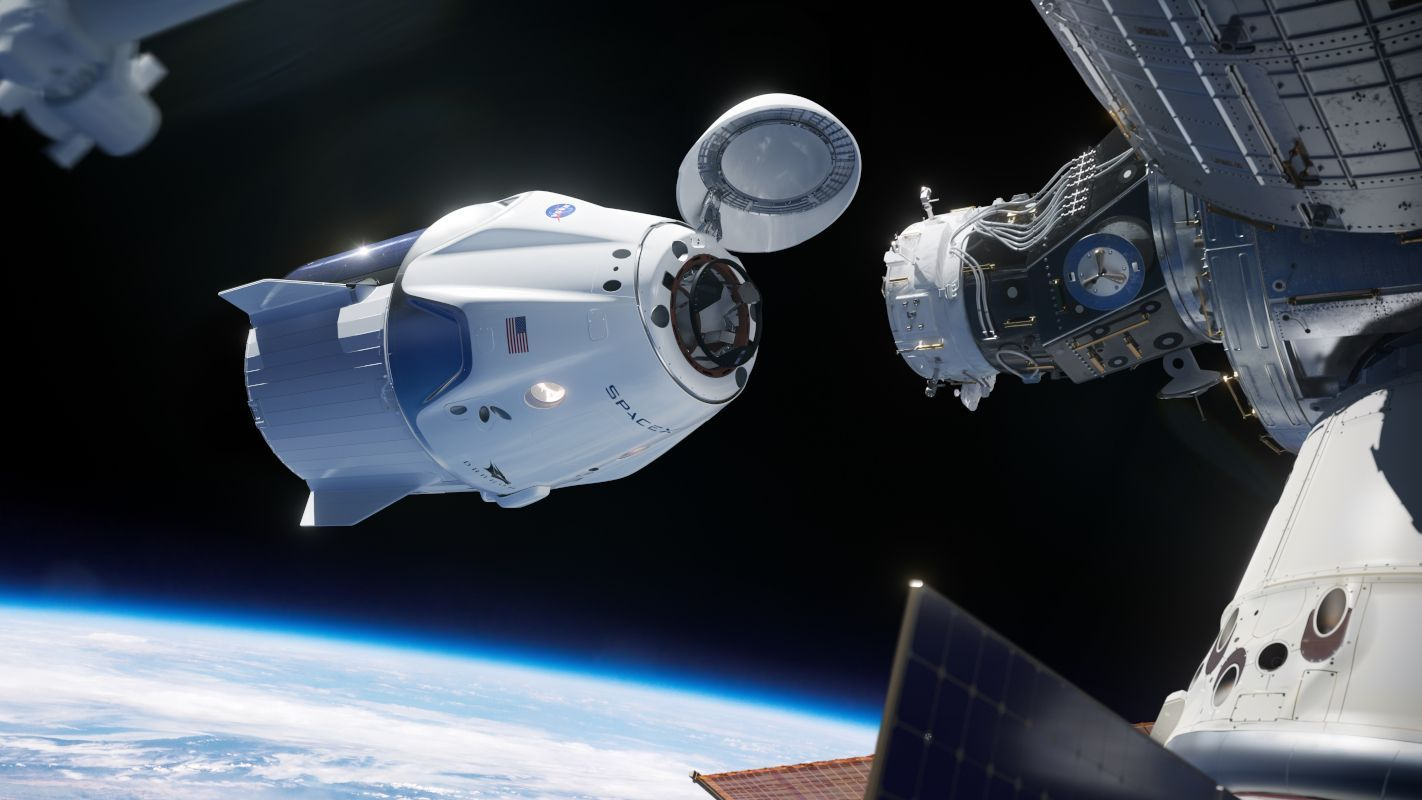 Astronauts used to working in confinement